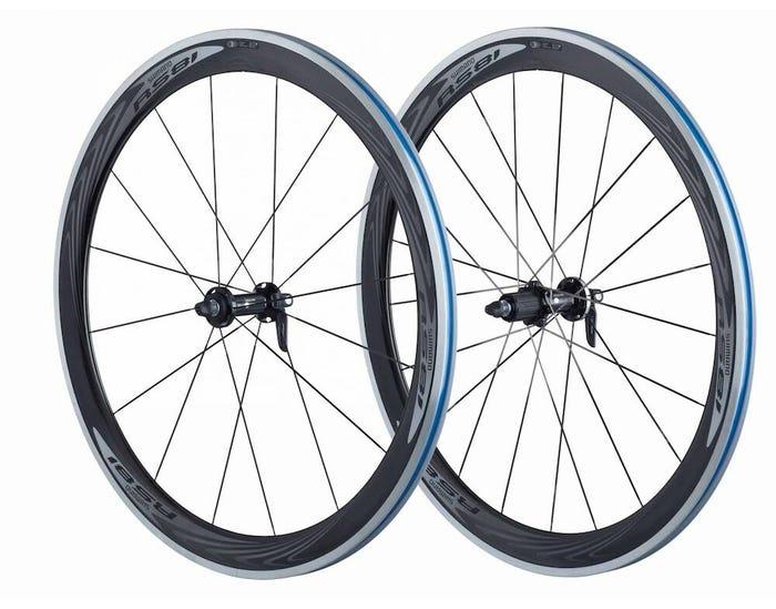 Roues RS81-C50-CL à pneu