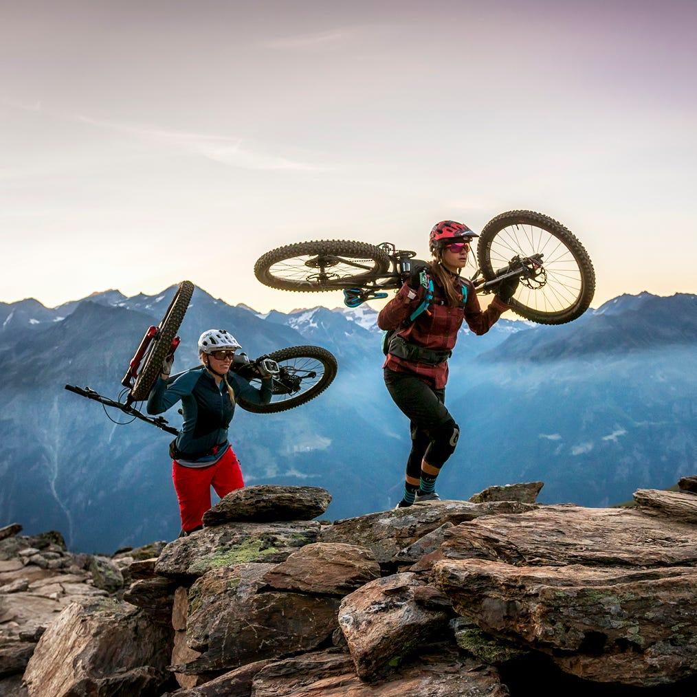 Comment choisir un vélo de montagne: guide d'achat
