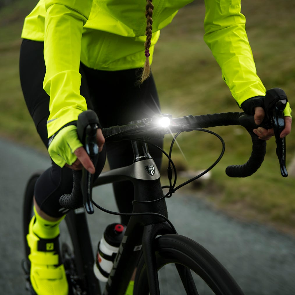 Comment s'habiller à vélo pour le début de saison