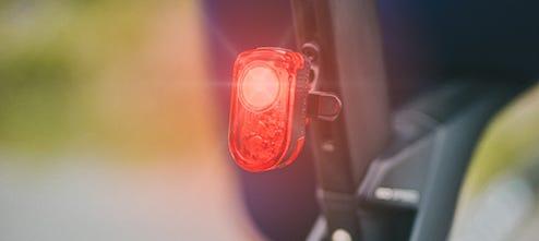 Lumières, miroirs et accessoires de visibilité pour vélo